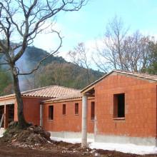 Lotissement de maisons terre cuite